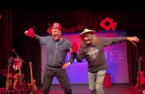 Tor Endresen og Bjørn Jensen med nye hatter på 'Storfest på lokalet'